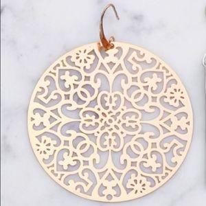 Gold plated filigree earrings NWT